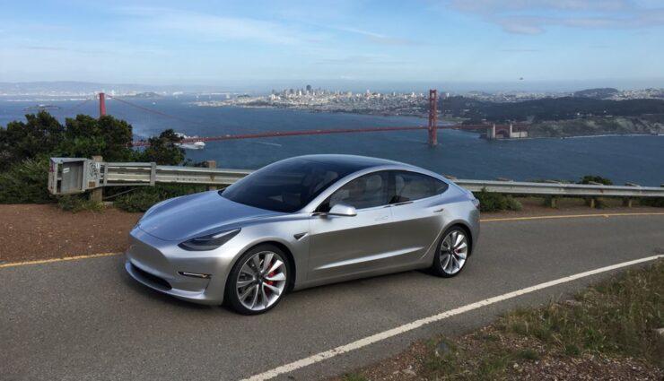 Akku der Basisversion des Model 3 kleiner als 60 kWh, Batteriekosten bereits unter $190/kWh