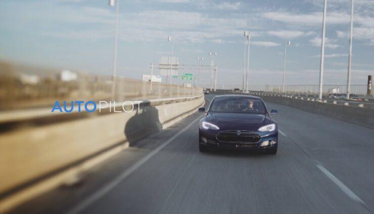 Werbevideo aus Dubai zeigt Model S als fahrerloses Taxi der Zukunft