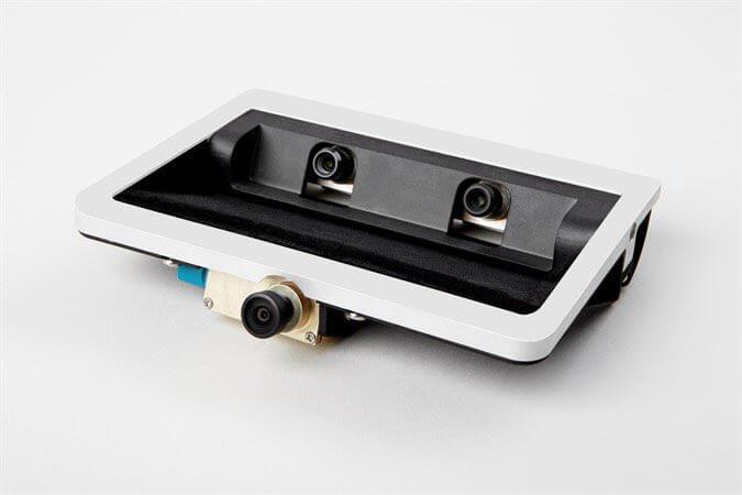 Eine Trifokal-Kamera wie sie in Fahrzeugen von Volvo Verwendung findet.