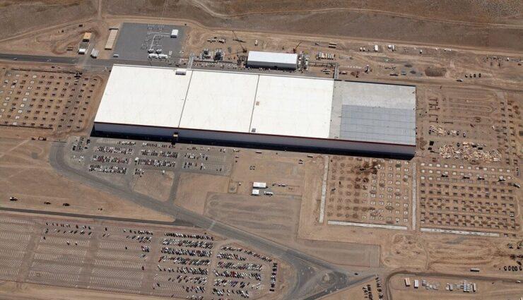 """Gigafactory: Tesla wird Batteriezellen vom Typ """"21-70"""" statt """"20700"""" herstellen"""