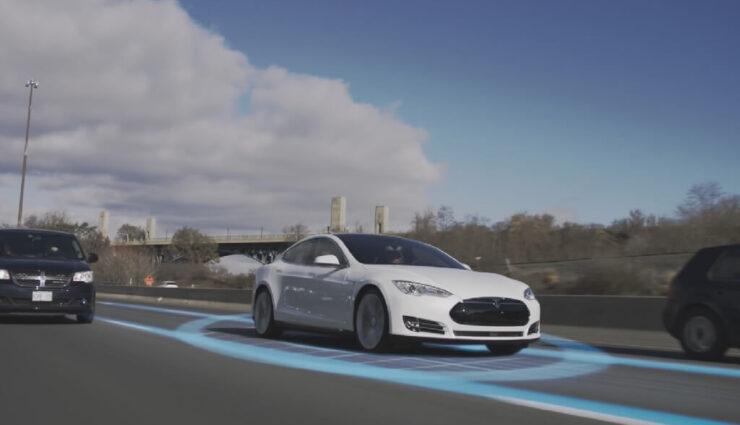 Vergleichstest zeigt: Teslas Autopilot übertrifft die Leistung vergleichbarer Systeme