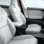 Sitze in Ultra-weiß im Model S P100D