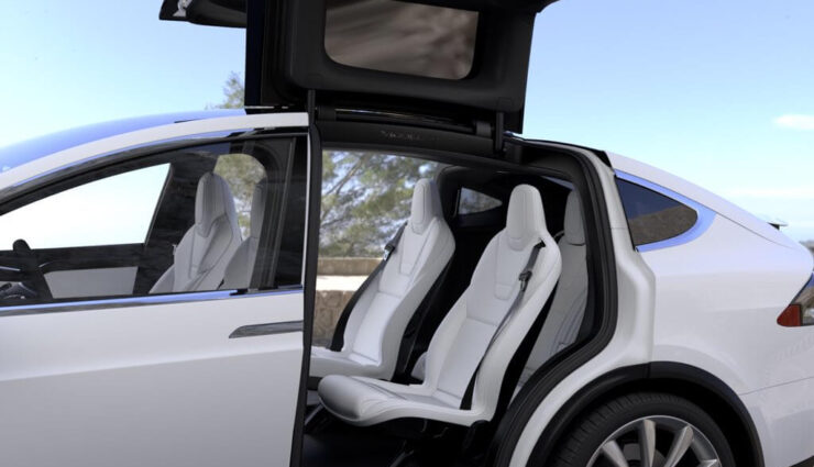 Model X: Update behebt Sensorenproblematik der Falcon Wing-Türen und schafft neues Problem