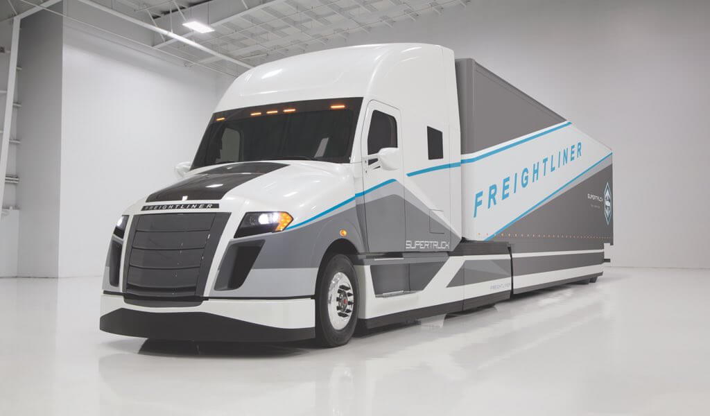 tesla-semi-ingenieure-daimler-supertruck