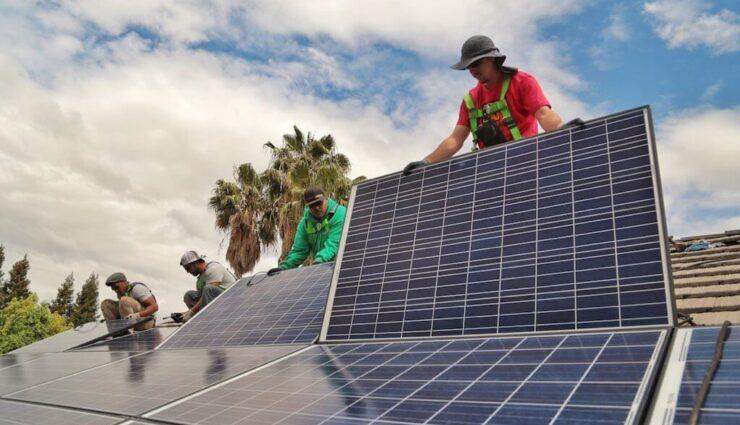 Tesla gibt weitere Details über die Zusammenführung mit SolarCity bekannt