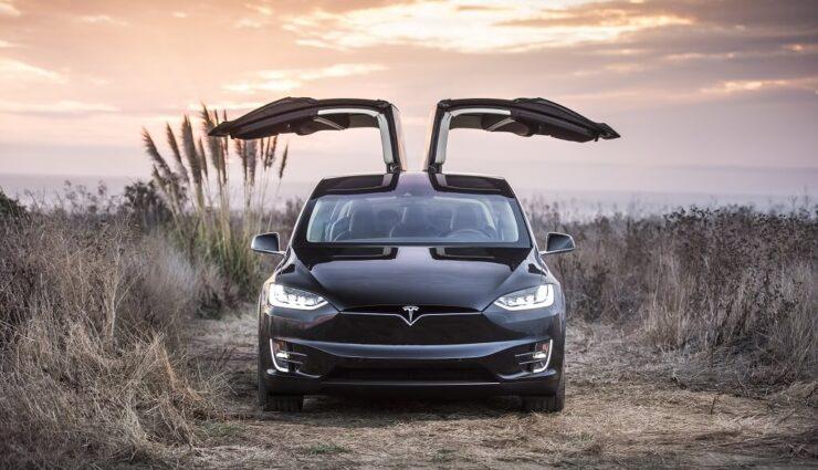 Das Goldene Lenkrad: Tesla Model X erhält einen der renommiertesten Preise der Automobilbranche