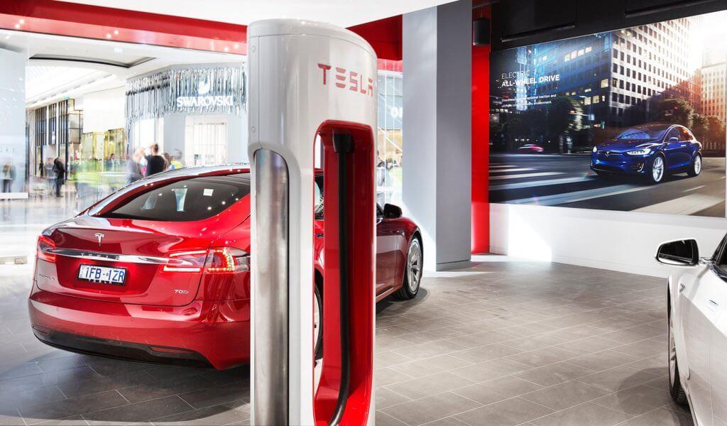 tesla-supercharger-400-kwh-kostenfrei-gebuehrenpflichtig