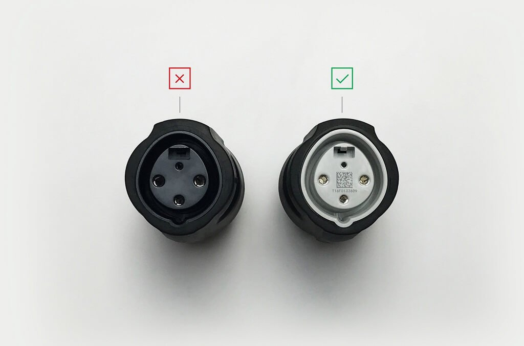 nema-adapter-14-30-graue-plastik-kappe