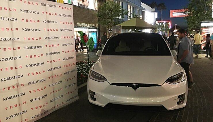 Michigan: Tesla eröffnet weitere Galerie in Nordstrom-Kaufhaus