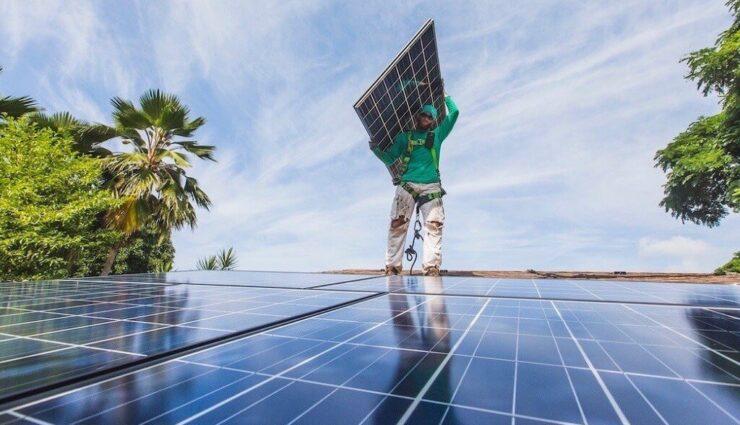 SolarCity beschafft sich weitere 241 Millionen US-Dollar Kapital