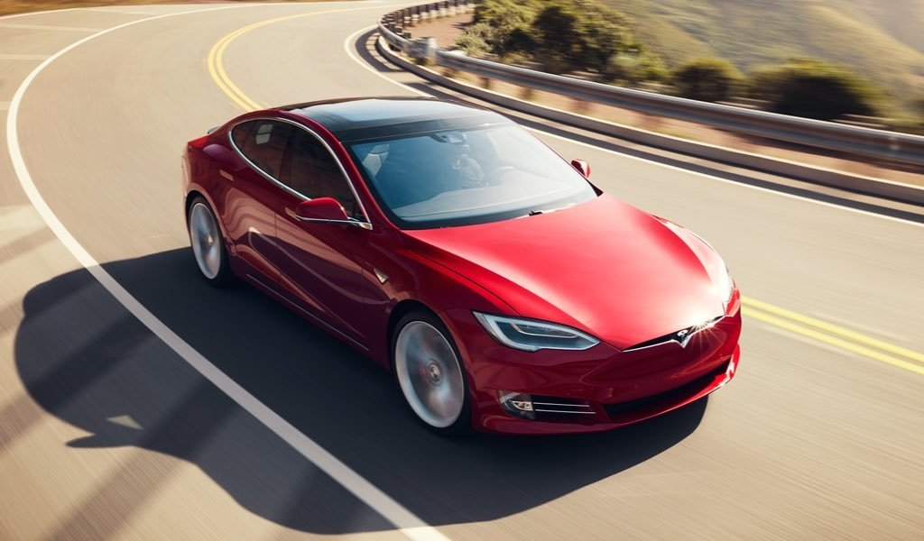 Tesla Fuhrt Neue Modellvariante 100d Beim Model S Und Model X Ein