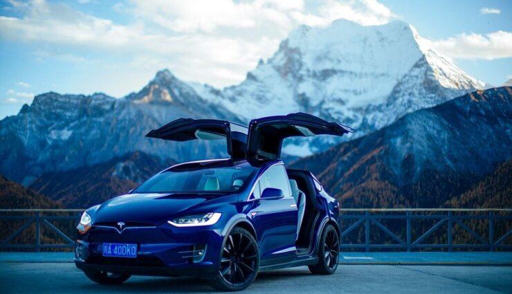 """China: Tesla erhält Guinness-Weltrekord für """"größte Parade mit Tesla-Fahrzeugen"""""""