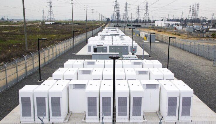 Kalifornien: Teslas 80 MWh-Netzspeicher-Großprojekt geht in Betrieb