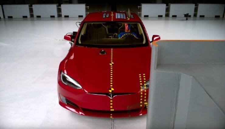 """IIHS-Crashtest: Tesla Model S erhält keine """"Top Safety Pick 2016""""-Auszeichnung"""