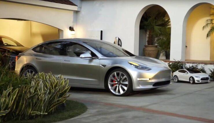 Tesla testet offenbar Model 3 mit 70 kWh-Akkupaket und Doppelmotor