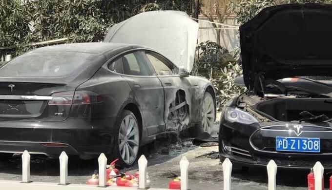 Shanghai: Model S fing Feuer, Tesla untersucht den Fall