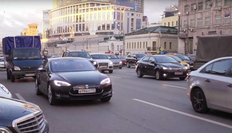Tesla offenbar auf der Immobiliensuche zur Expansion nach Russland, berichten lokale Medien