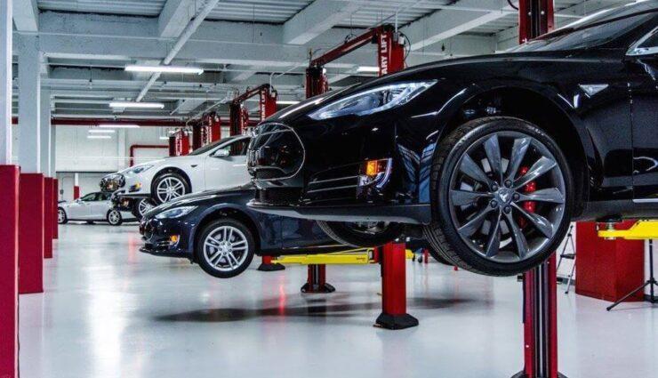 Tesla ruft proaktiv 53.000 Fahrzeuge zurück: Potenzielles Problem mit elektrischer Parkbremse