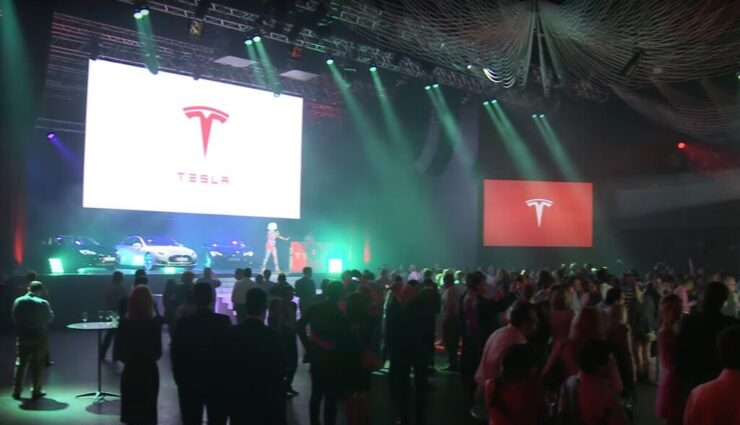 Tesla Sattelkraftfahrzeug soll im September präsentiert werden, Pick-up Truck in 18-24 Monaten