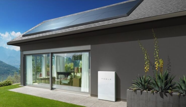Tesla bietet neue, flache Solarmodule an