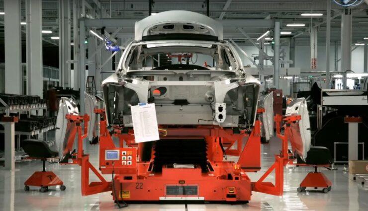 Tesla Grohmann Automation: BMW und VW pochen auf Vertragserfüllung