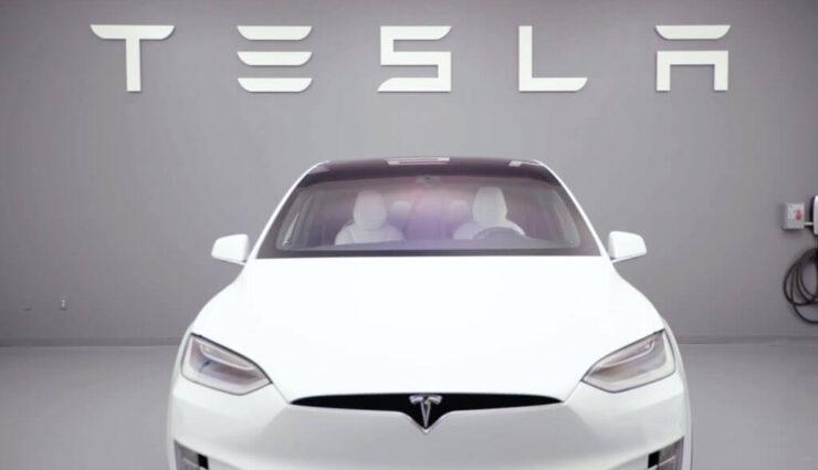 Tesla erhöht Kreditlinie bei der Deutschen Bank um weitere 800 Millionen US-Dollar