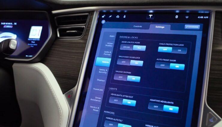 Mit mehreren Monaten Verspätung: Tesla rollt Linux-Upgrade aus
