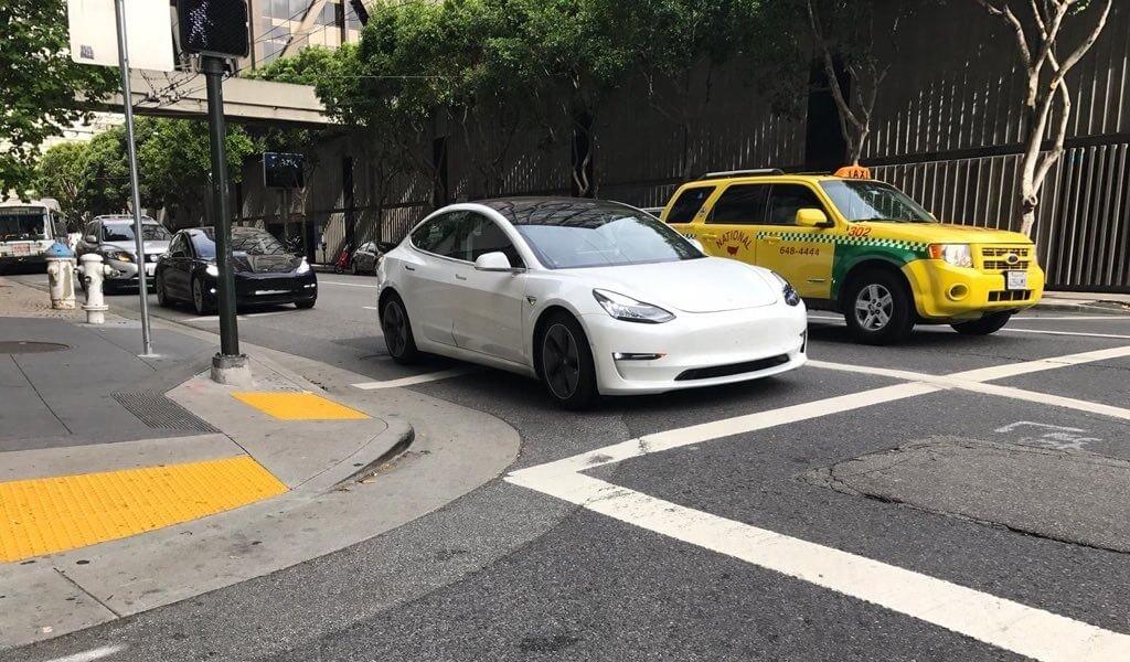 Tesla Model 3 soll dieselbe Ladeleistung wie Model S/X