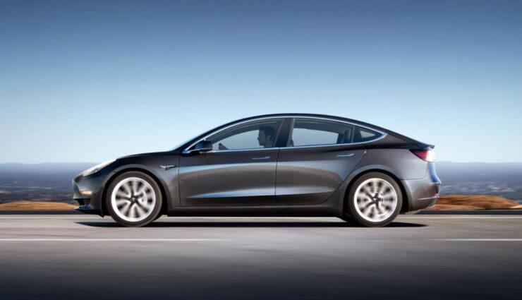 Tesla Model 3: Performance-Version nicht vor Mitte nächsten Jahres