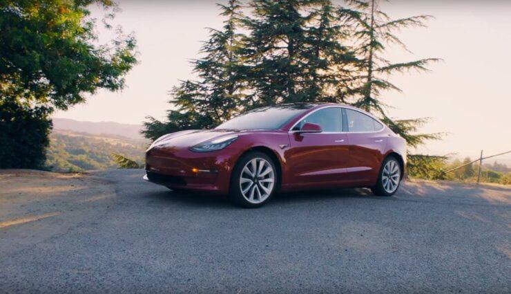 Tesla Model 3: Vermutete Schlüsselkarte nun bestätigt