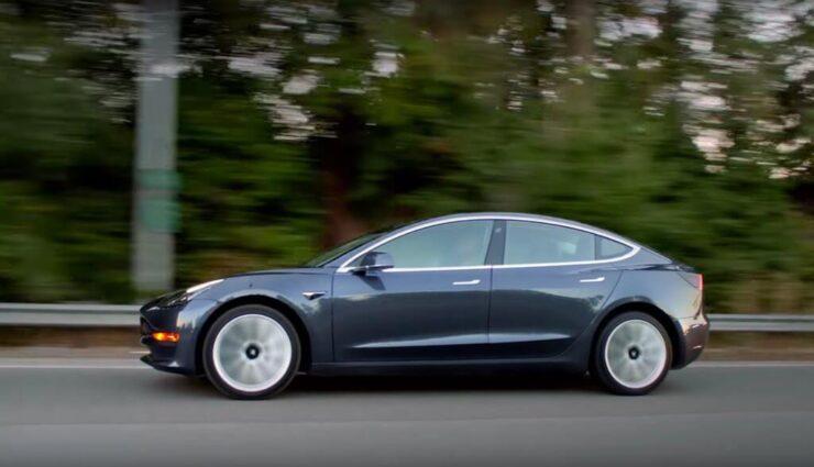 Model 3: Akkupakete haben offiziell eine Kapazität von ca. 50 und 75 kWh, sagt Elon Musk