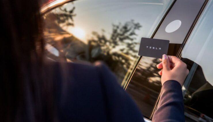 Nach Update unterstützt die Tesla App nun auch das Model 3, Schlüsselkarte nur als Backup gedacht
