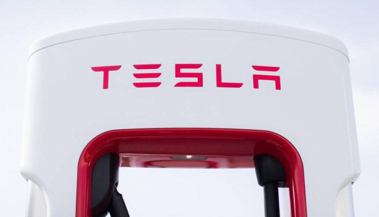 Shanghai: Tesla errichtet aktuell weltweit größten Supercharger-Standort