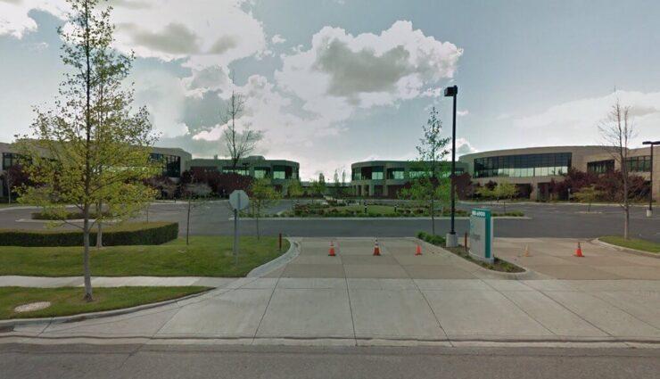 Fremont: Tesla mietet zwei neue Bürogebäude mit Platz für mehr als 1.000 Mitarbeiter an