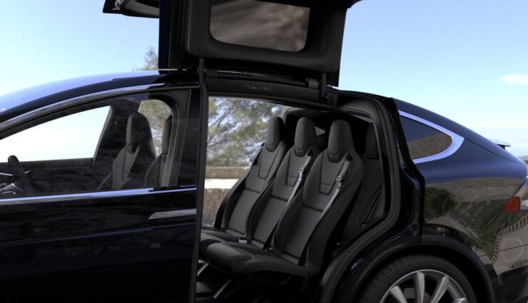 Tesla ruft proaktiv 11.000 Model X zurück, Rücksitze könnten sich bei Unfall nach vorne verschieben