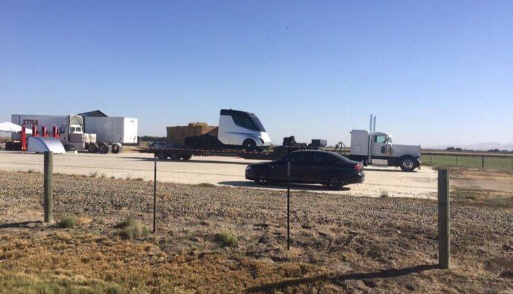 Möglicherweise erstes Foto des Tesla Semi Truck aufgetaucht