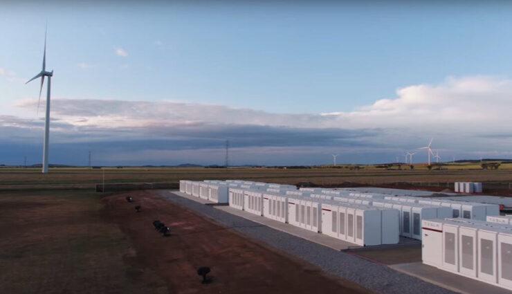 Australien: Tesla hat das größte Batteriespeicher-Projekt der Welt erfolgreich installiert