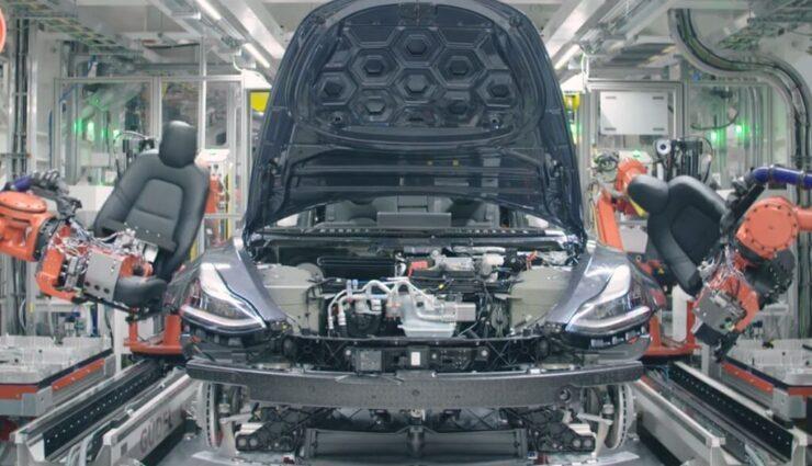 Tesla kauft US-Maschinenbauer Perbix