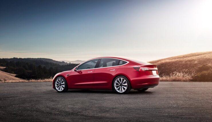 Erste betriebsfremde Model 3-Kunden erhalten Einladungen zur Fahrzeugkonfiguration
