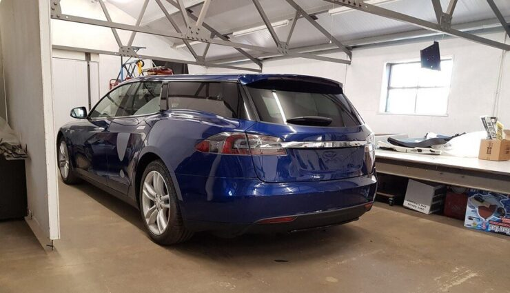 Britisches Unternehmen baut Tesla Model S zum Kombi um