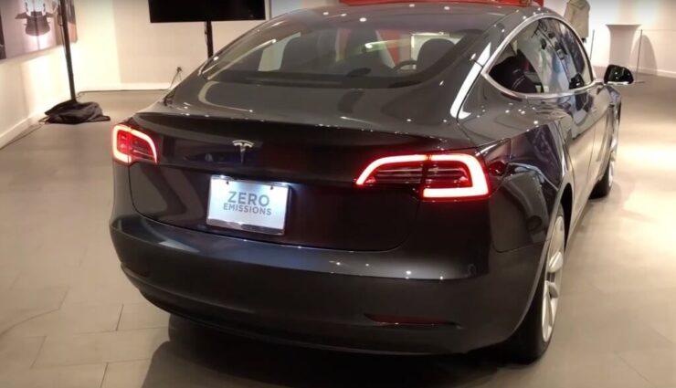 Model 3: New York, Boston und Miami erhalten diese Woche ebenfalls Ausstellungsfahrzeuge