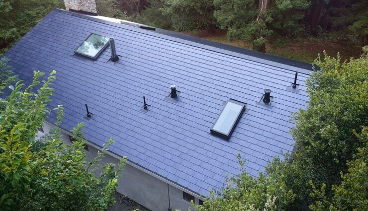 Produktion der Solar-Dachziegel in der Gigafactory 2 hat begonnen