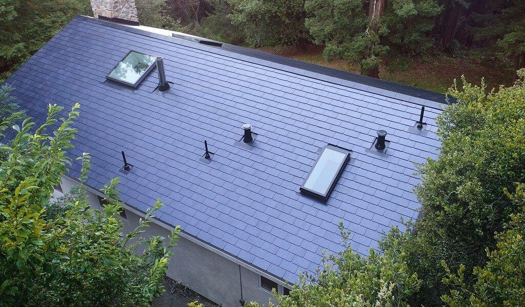 Tesla Powerwall 2 >> Produktion der Solar-Dachziegel in der Gigafactory 2 hat ...