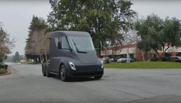Video: Tesla Semi Truck erstmals auf öffentlicher Straße gesichtet