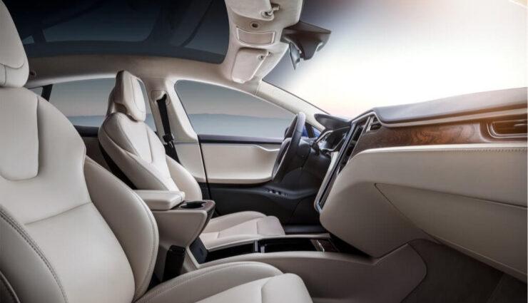 Tesla-Soundsystem soll mit baldigem Update die Lautstärke an Umgebungsgeräusche anpassen