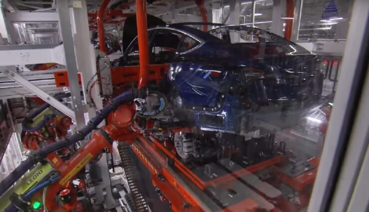 Tesla pausiert erneut Model 3-Produktion, um Automatisierung zu optimieren
