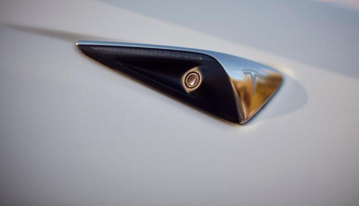 Zur Verbesserung des Autopiloten: Model 3 zeichnet nun kurze Videoclips auf und sendet diese an Tesla
