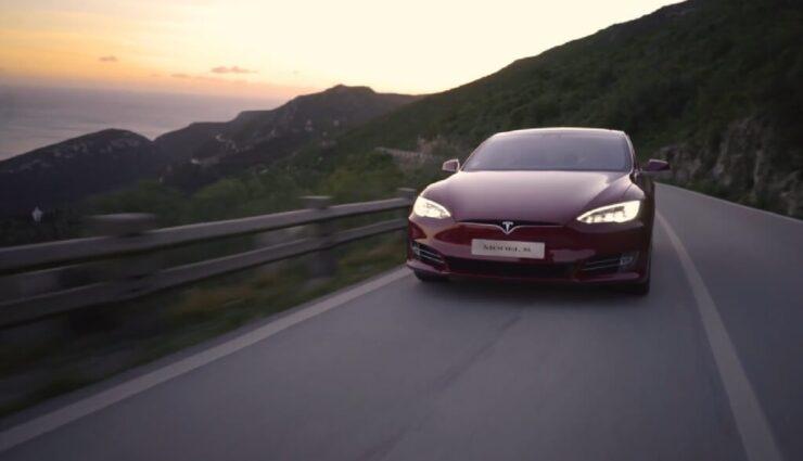 Tesla: Fahrzeugzulassungen in Schweiz & Österreich für März 2018
