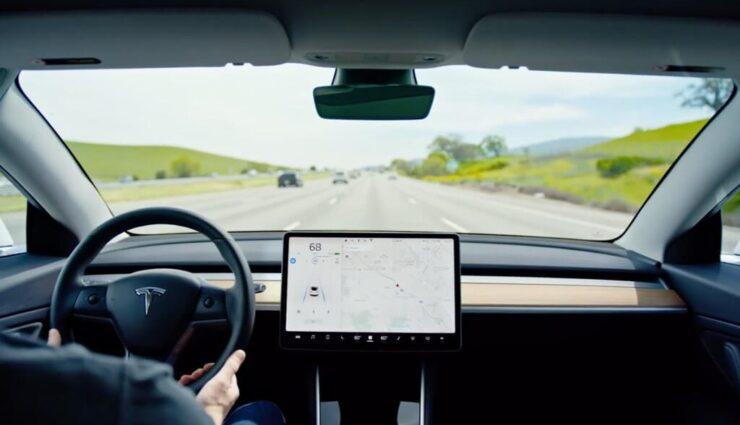 Musk: Tesla setzt kein Eyetracking ein, da es ineffektiv sei