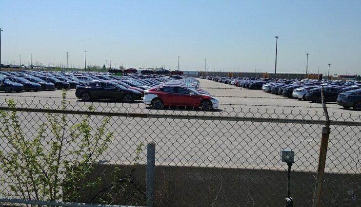 Tesla priorisiert kurzzeitig kanadische Kunden, damit mehr US-Kunden von Steuergutschrift profitieren